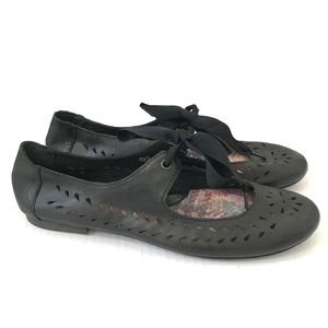Born black lace up ballet flat Mary Jane shoes 8.5